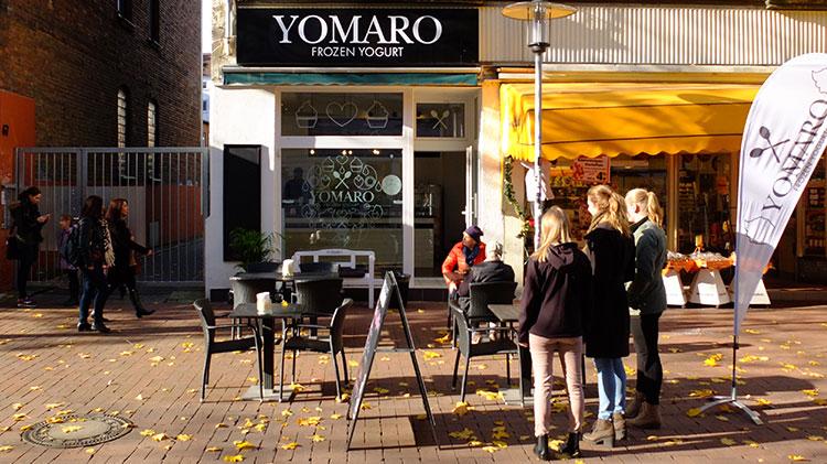zwei landeshauptst dte ein yomaro yomaro frozen yogurt. Black Bedroom Furniture Sets. Home Design Ideas